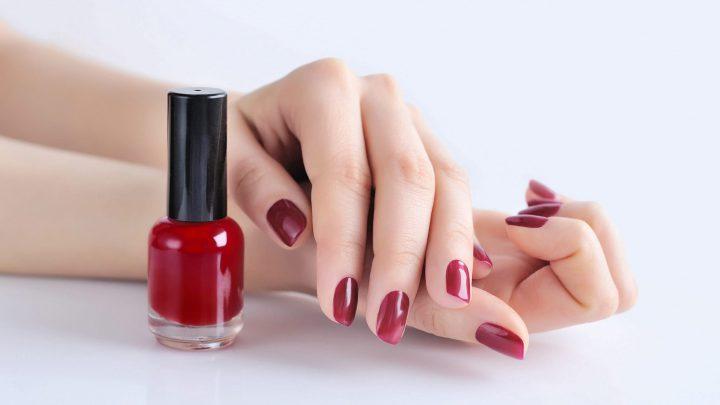 Nails Outlet: il mondo delle unghie